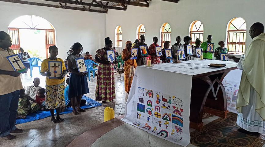 Segnung des Kreuzweges in Uganda