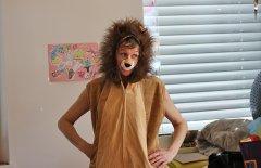 Katrin Penz im Fasching als Löwe